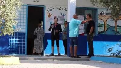 Tunus'ta halk parlamento seçimi için sandık başında (2) - TUNUS