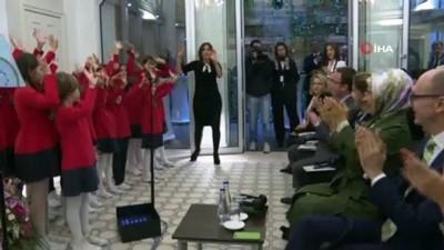 - Emine Erdoğan'dan Türkiye'nin Sıfır Atık Projesini hayata geçiren ilk yurtdışı misyonu olan Belgrad Büyükelçiliğine ziyaret
