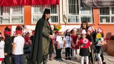 Bir öğretmen makyajla Atatürk'e benzetildi - ADANA