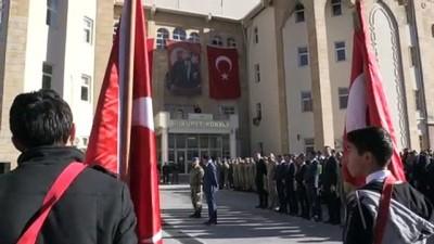 Büyük Önder Atatürk'ü anıyoruz - HAKKARİ