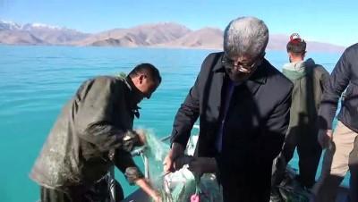 Vali Bilmez 'Vira bismillah' dedi, denizden ağ çekti