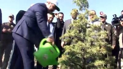 """Bakan Varank: """"Gezi Parkında birkaç ağaç için sokağa çıkanların artan orman varlıkları ile ilgili tek bir sözünü duyamazsınız'"""