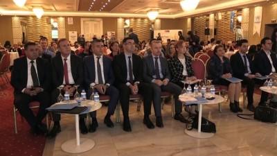 Suriyeli ve Türk kursiyerler 'İstihdam Fuarı'nda işverenlerle buluştu - ADANA
