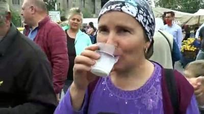 Bodrum'da günlük olarak satışa çıkan halk süt yok satıyor