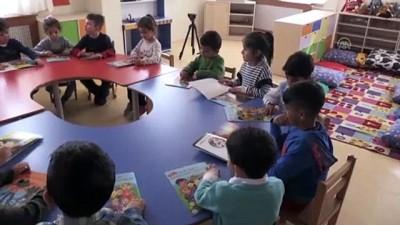 'Küresel öğretmen' ödüllü müdür projeleriyle çocuklara ışık oluyor - KIRŞEHİR