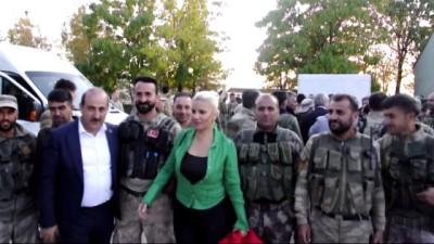 Operasyondan dönen Mehmetçiğe sürpriz ziyaret - SİİRT