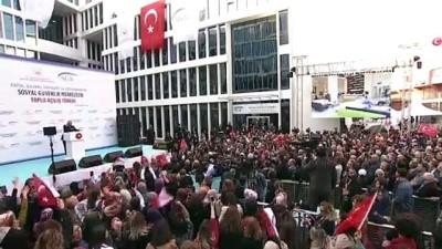 Cumhurbaşkanı Erdoğan: 'Niçin erken emeklilik? Ne zaman emekli olması gerekiyorsa o zaman emekli olsun ve parasını en güzel şekliyle alsın' - İSTANBUL