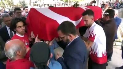 Yürüyüş Milli Takımı Antrenörü ve milli sporcu Sabahattin Tatar son yolculuğuna uğurlandı