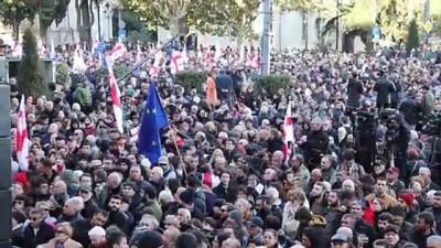 Gürcistan'da muhalefetten 'erken seçim' çağrısı (1) - TİFLİS