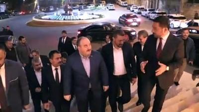 devir teslim - Bakan Varank, Nevşehir Belediye Başkanı Arı'yı ziyaret etti