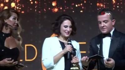 Dr. Nuh Gümüştekin ve Dr. Meryem Kürek Eken'e başarı ödülü