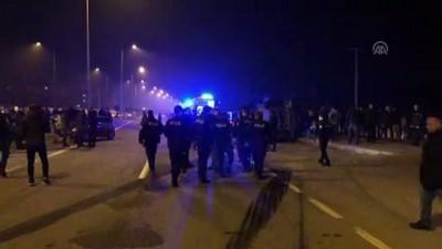 Zırhlı polis aracı ile otomobil çarpıştı: 4 yaralı - IĞDIR