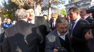 Ankara Büyükşehir Belediye Başkanı Yavaş, Kahramankazan'da