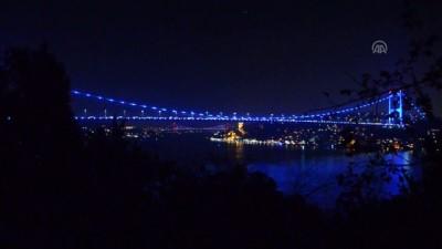 Fatih Sultan Mehmet Köprüsü, Dünya Çocuk Günü nedeniyle maviye büründü - İSTANBUL