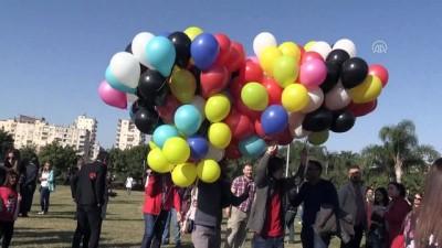 Öğretmenler 3 bin balon uçurdu - ADANA Haberi