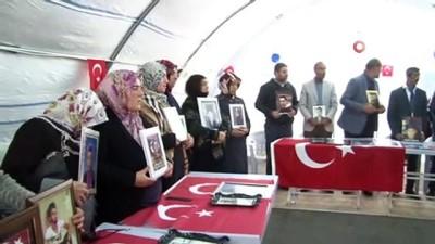 Şehit yakınlarından evlat nöbetindeki ailelere destek ziyareti Haberi