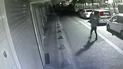 silahli catisma -  Zeytinburnu'nda sokak ortasında silahlı çatışma kamerada
