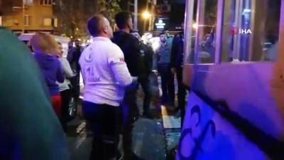 Avcılar'da dönercilerin sopalı kavgasında 2 kişi yaralandı