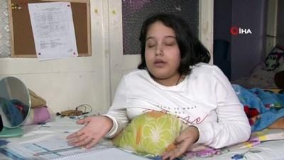 Yatağa bağımlı yaşayan 'Spina Bifida' hastası İlke'nin tek arzusu okula gitmek