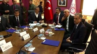 """AK Partili Yılmaz, """"Huzur ortamımızın artması bütün yatırımlarımızı tetikliyor"""""""
