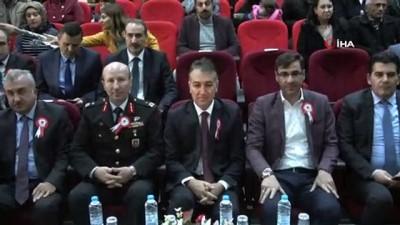 genc ogretmen -  Bitlis'te 24 Kasım Öğretmenler Günü kutlandı