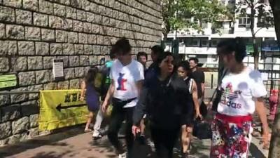 yerel secim - Protestoların dinmediği Hong Kong'da halk yerel seçim için sandık başında - HONG KONG