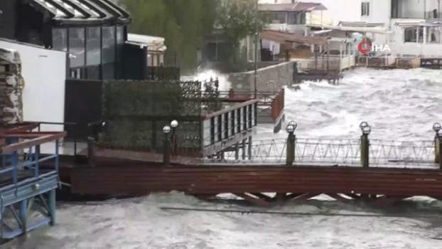 istankoy -  Bodrum'da fırtına etkili oluyor