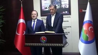 Milli Eğitim Bakanı Selçuk eğitim değerlendirmesi için Şırnak'a geldi
