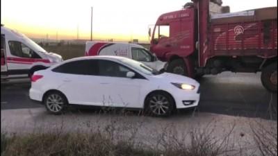 Hafif ticari araç ile kamyon çarpıştı: 1 ölü, 1 yaralı - TEKİRDAĞ