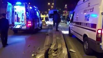 Fabrika servis minibüsünün direğe çarpması sonucu 10 kişi yaralandı - KAHRAMANMARAŞ