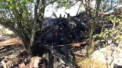 yangin yeri -  Kastamonu'da çıkan yangında 2 ev, 2 samanlık ve 1 ahır küle döndü