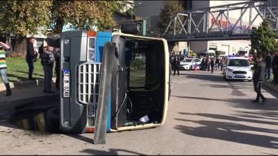 Yolcu minibüsü devrildi: 9 yaralı - ZONGULDAK