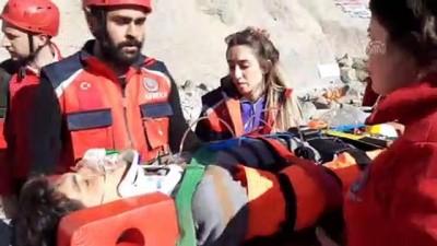 kurtarma tatbikati - Dağda mahsur kalanları kurtarma tatbikatı gerçeğini aratmadı - ARDAHAN