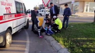 Direksiyonda şeker komasına giren sürücü kaza yaptı: 3 yaralı - TEKİRDAĞ
