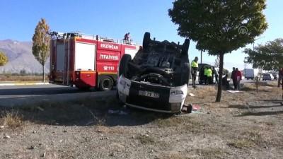 Köpeğe çarpmamak için kamyoneti ile kaza yaptı - ERZİNCAN
