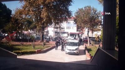 Osmaneli 'de uyuşturucu operasyonun da yakalanan 4 kişiden 3 ü tutuklandı