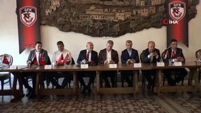 'Gaziantep Tek Yürek, Kırımızı Siyaha Tam Destek' kampanyasının tanıtımı yapıldı