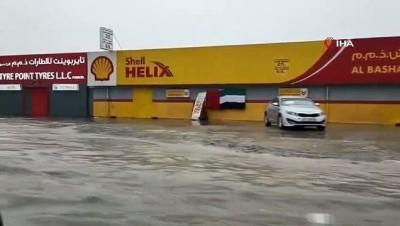 - Dubai'de yaşanan sel uçuşları aksattı