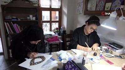 """Trabzon'da ilk kez açılan """"Hüsn-i hat' sanatına kadınlardan ilgi"""