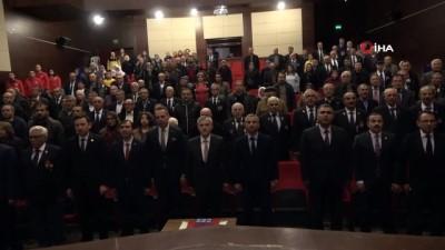 Kıbrıs Gazileri 45 yıl sonra madalya ve beraat belgelerine kavuştu