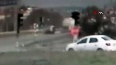 Otomobilin çarptığı minik kız hayatını kaybetti
