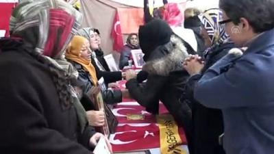 Diyarbakır annelerine destek ziyaretleri sürüyor - DİYARBAKIR