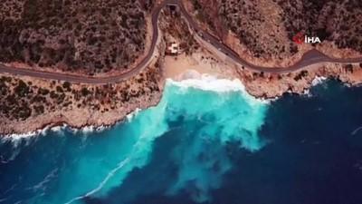 kanyon -  Dünyaca ünlü plajda yağmurla sonra görsel şölen