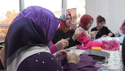 girisimcilik - Teröristlerin yaktığı Halk Eğitim Merkezi yeni yerinde kadınların umudu oldu - SİİRT
