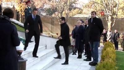 Suikasta uğrayan Rus Büyükelçi Andrey Karlov ölümünün 3. yılında anıldı