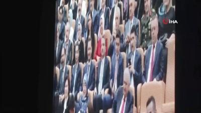"""AK Parti Milletvekili Binali Yıldırım, """"Biz yoldan çıkmadık,bazıları  menfaatinin bittiği durakta inmiştir"""""""