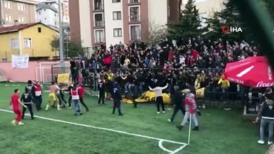 amator -  Kartal'da amatör maçta taraftarlar telleri söküp birbirine girdi