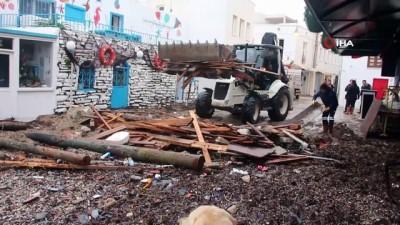 Fırtına Bodrum'u adeta yıktı geçti