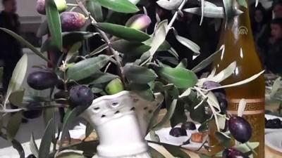 halk oyunlari - Özel öğrenciler Ödemiş'te zeytin hasat etti - İZMİR