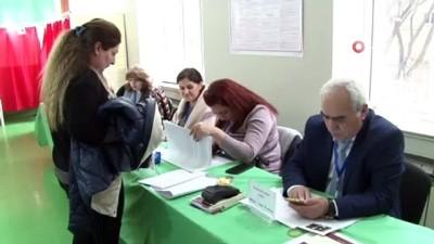 yerel secim -  - Azerbaycan'da halk, yerel seçimler için sandık başında